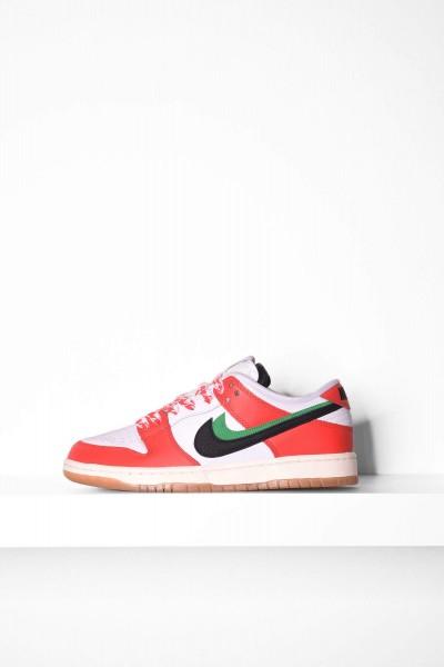 Nike SB Sneakers Dunk Low Pro chile red black white / rot schwarz weiß Skateboardschuhe online bestellen