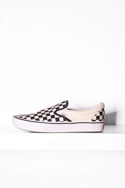 Vans Slip-On Comfy Cush Checkerboard schwarz / weiß online bestellen